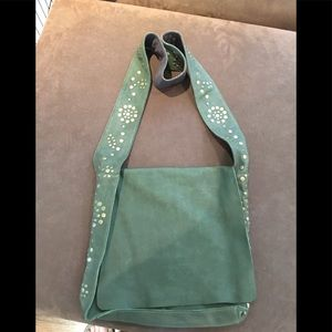 Handbags - Flap Veg Leather Messenger with Domed suds